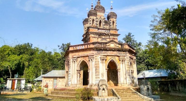 গোলকধাম মন্দির পঞ্চগড়