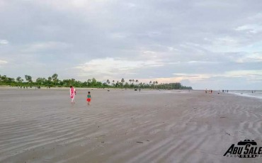 Mandarbaria-Sea-Beach