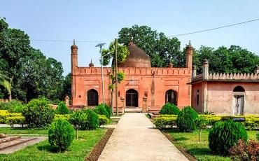 মুঘল তোহাখানা চাঁপাইনবাবগঞ্জ