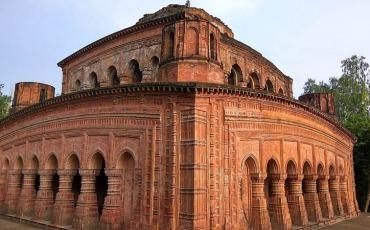 নবরত্ন মন্দির, সিরাজগঞ্জ