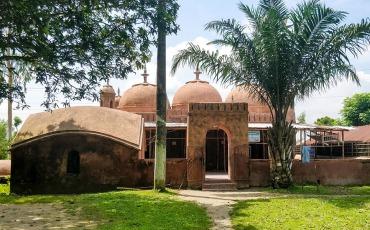 নিদাড়িয়া মসজিদ লালমনিরহাট