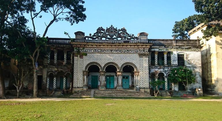 পরীর দালান হেমনগর রাজবাড়ী