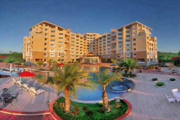 Royal Tulip Sea Pearl Beach Resort And Spa