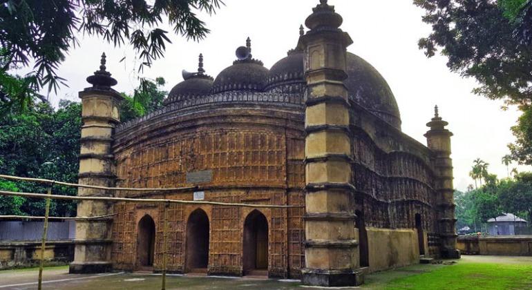 আতিয়া মসজিদ, টাঙ্গাইল