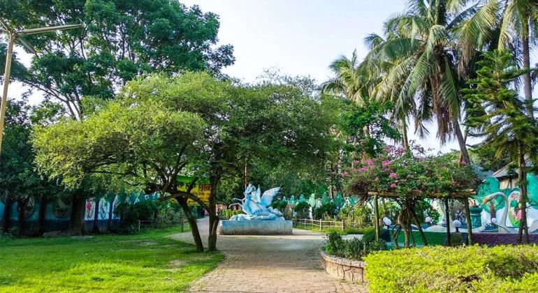 ফানসিটি শিশু পার্ক পীরগঞ্জ ঠাকুরগাঁও